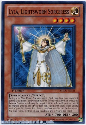Picture of SDDC-EN021 Lyla, Lightsworn Sorceress 1st Edition Mint YuGiOh Card